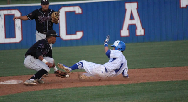 Wildcats score four runs in sixth for 18-5A win