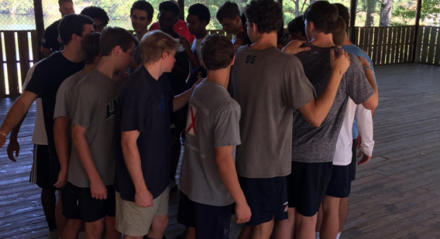 Boys Basketball Prepares at Camp Cosby