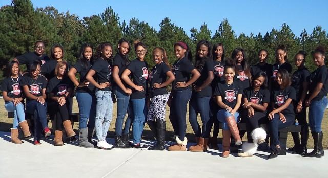 Congratulations to the 2015  Graduating Ladies of Peer Essence!
