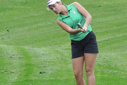 Lady Bolts' golf season ends at district
