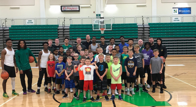 Northmont Boys Basketball Hosts Camp For Future Bolts