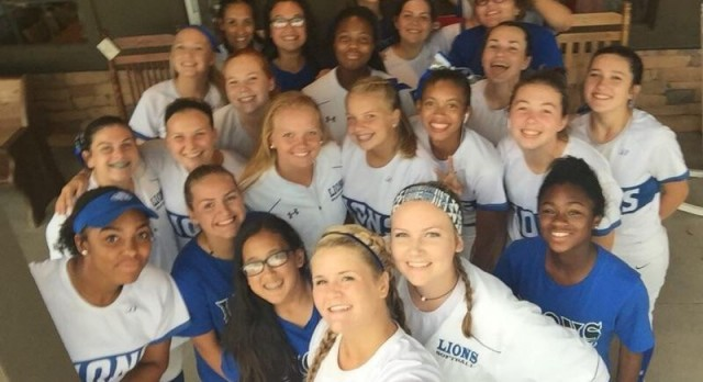 Peachtree Ridge High School Varsity Softball beat Oconee County 7-3