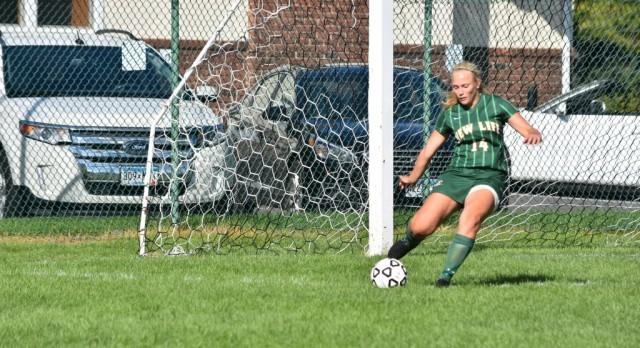 Girls Soccer: Eagles seek improved defense (Woodbury Bulletin)