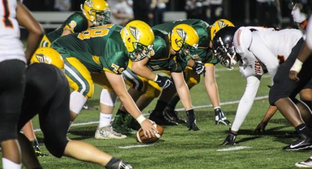 Football: New Life Academy cruises to win vs. Minneapolis South (Woodbury Bulletin)