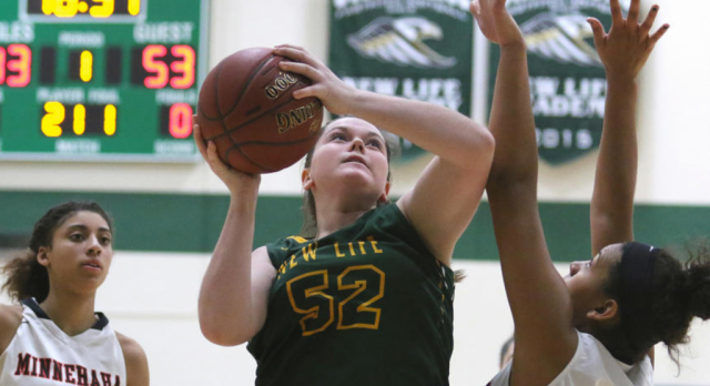 Girls' Basketball: Eagles fall to state-ranked Redhawks (Woodbury Bulletin)