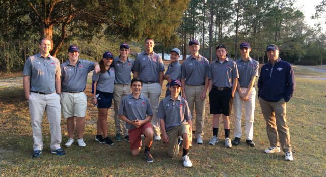 Boys Golf Defeats BC and Swansea