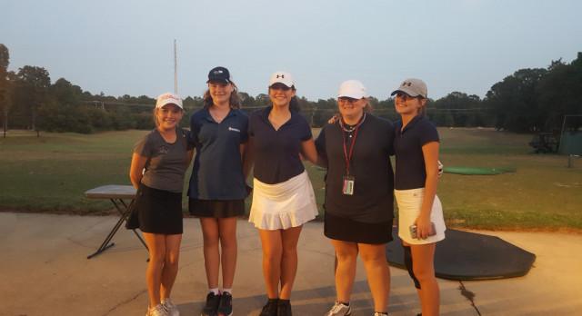 Girls Varsity Golf falls to Gilbert
