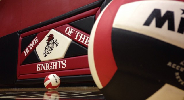 Stratford High School Girls Varsity Volleyball falls to Wando High School 2-0