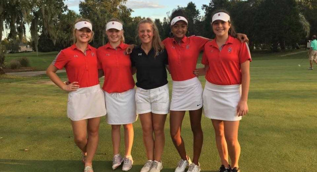 Stratford High School Girls Varsity Golf finishes 4th place