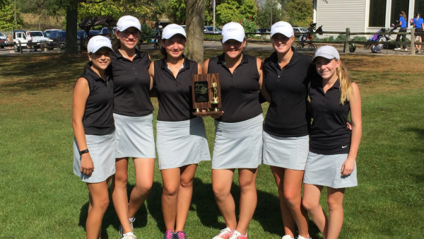 Girls Golf Picture