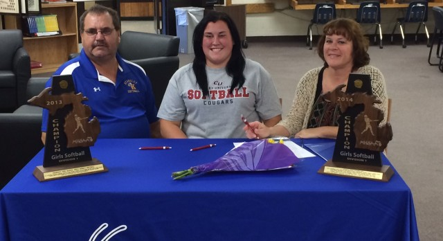 Kaitlin Dormire signs softball scholarship with Cleary University