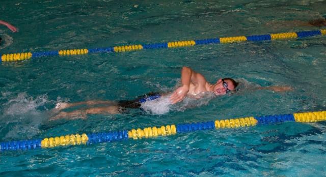 Noel Nowacki Breaks School Swimming Record
