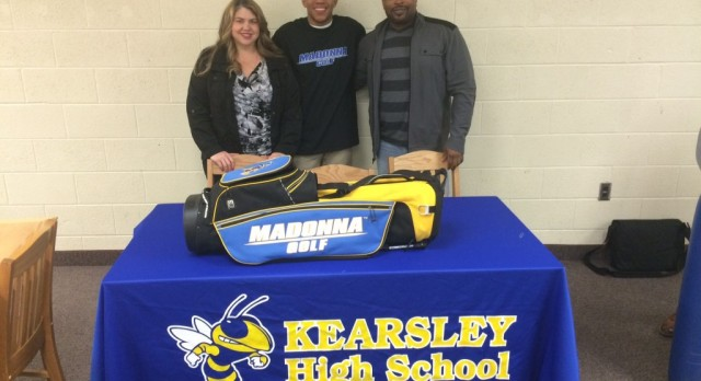 Brian Sams signs with Madonna University