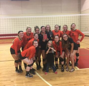Varsity Volleyball takes first in silver bracket