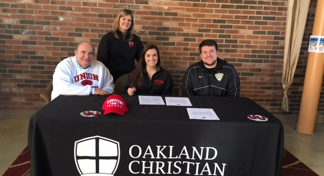 Lucido Signs with Union University