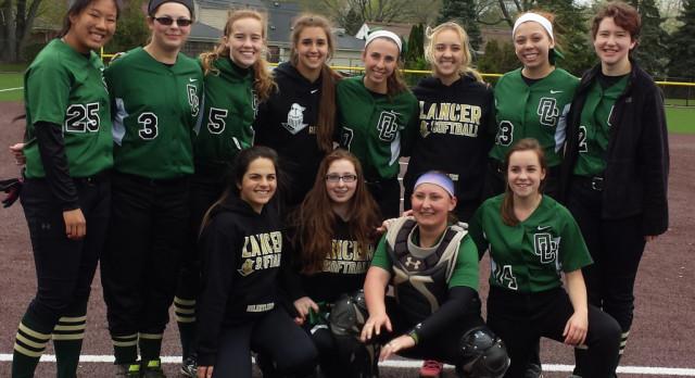 Lady Lancer Softball Defeats Parkway Christian