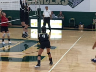 Lancer Volleyball defeats Macomb Christian