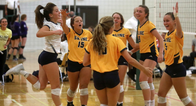 The Saline Post: Gallery: Saline Volleyball Opens SEC Season With 4-1 Record