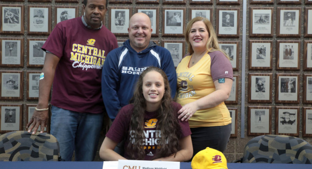 The Saline Post: Miss Volleyball Candidate Maddie Whitfield Commits to Central Michigan