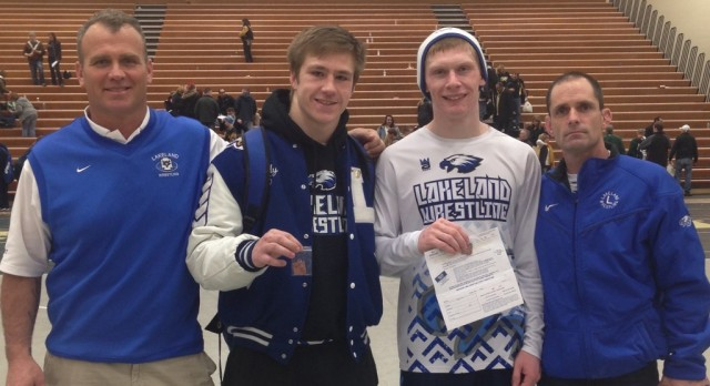 Bovay, Jacobs qualify for wrestling State Finals
