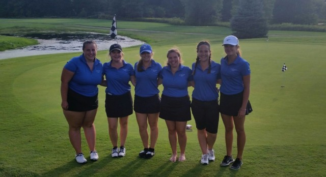 Girls golf finishes 2-1 in quad match