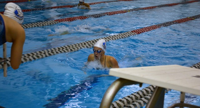 Lakeland High School Girls Varsity Swimming beat Grand Blanc High School 100-86