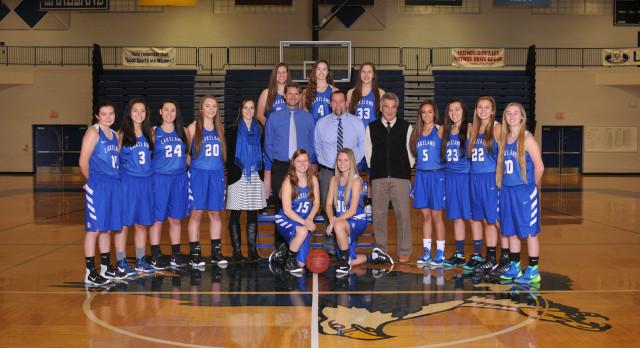 Lakeland High School Girls Varsity Basketball beat West Bloomfield High School 32-31