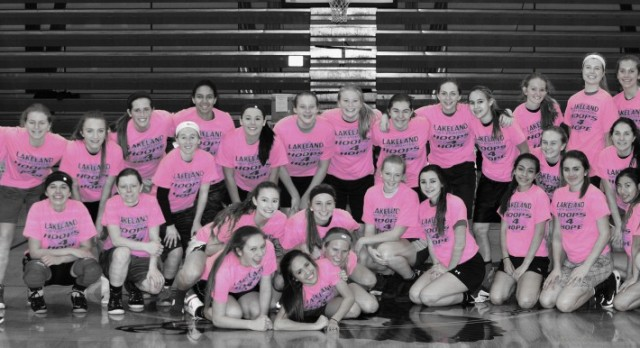 Girls Basketball hosts Pink Out game tonight