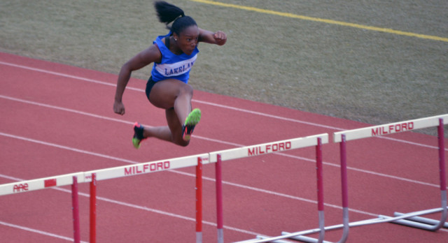 Girls Track Team takes 4th at County Meet, Stark sets new State Record