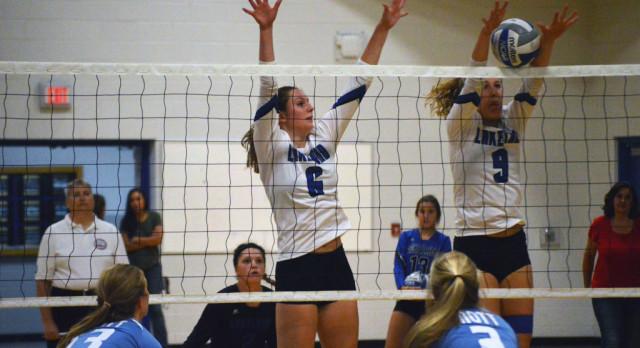 Lakeland High School Girls Varsity Volleyball beat Mott HS (Waterford) 3-0
