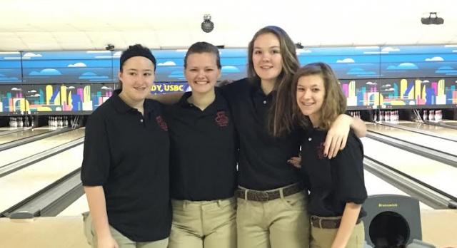 Bowling Finishes Season At Sunshine Bowl