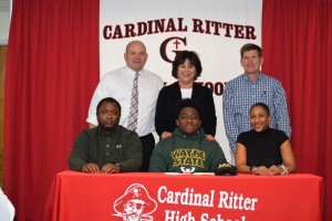 Avery Hall Signing (12)