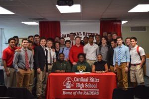Avery Hall Signing (16)