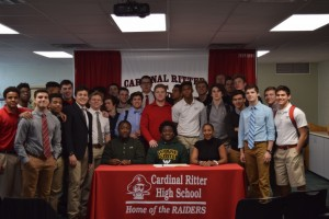 Avery Hall Signing (13)
