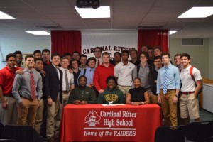 Avery Hall Signing (14)
