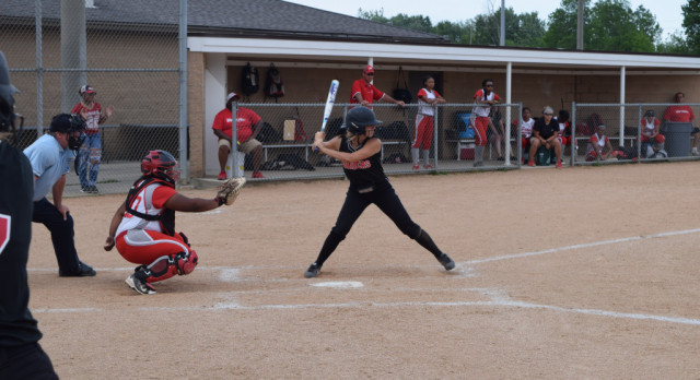 Softball Defeats Pike In A Close One