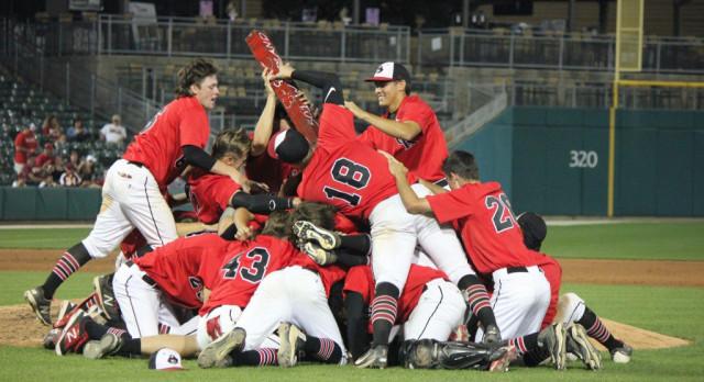 Raiders Baseball Wins Indiana 2A State Championship