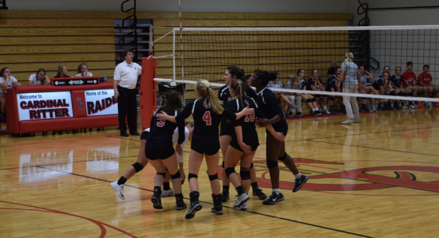 Volleyball In City Tourney