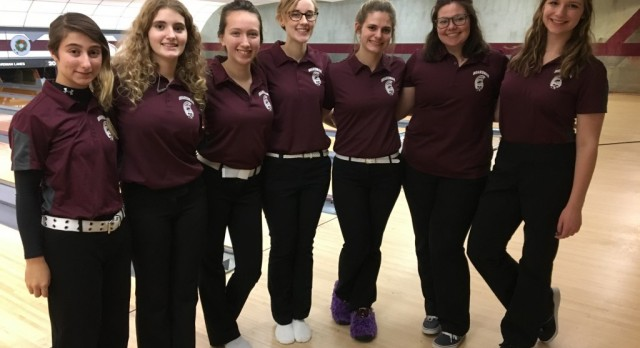 Girls Varsity Bowling Team Defeats Austintown By 11 Points, Season Record at 4-1