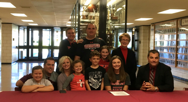 Jenna Vivo Signs National Letter of Intent To Continue Her Academic and Golf Career At Youngstown State University