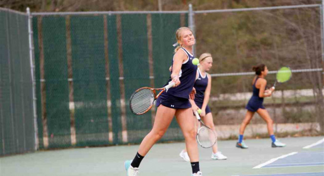 Girls Tennis Swings for State
