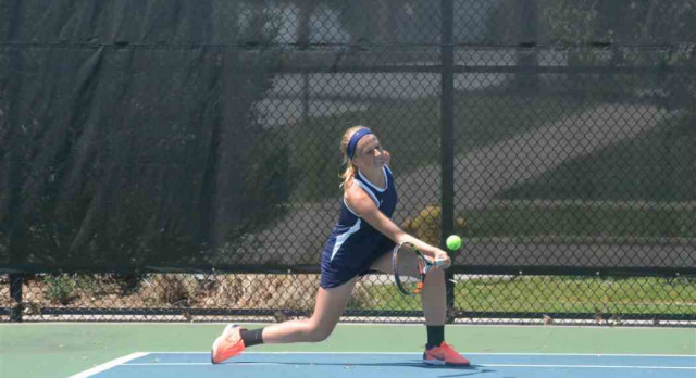 GH Girls Tennis Competes in Semifinal Round