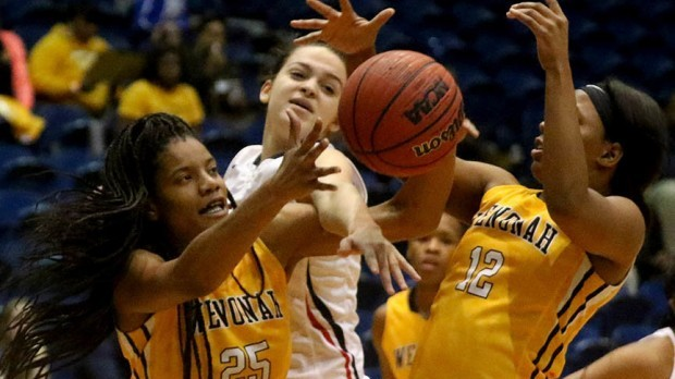 Wenonah 74, Homewood 60: Dragons defeat Patriots in Steel City girls showcase