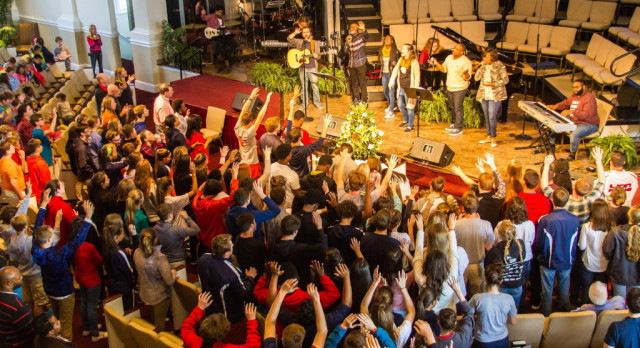 SCS Students Praise God For Miraculous Year!