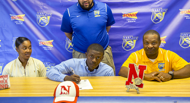 Graham Signs with Newberry