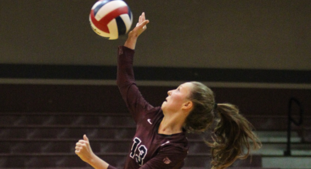 Ladycats Sweep Bonham At Home