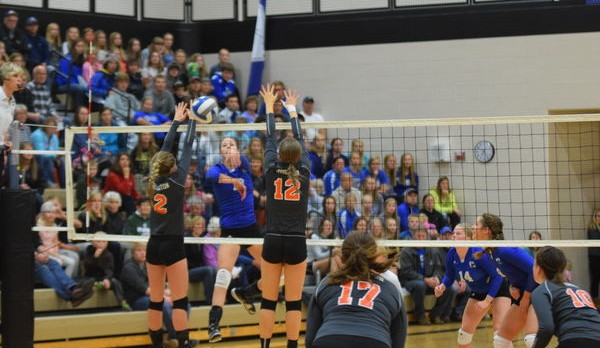 Volleyball Sweeps Houghton to Win WestPAC