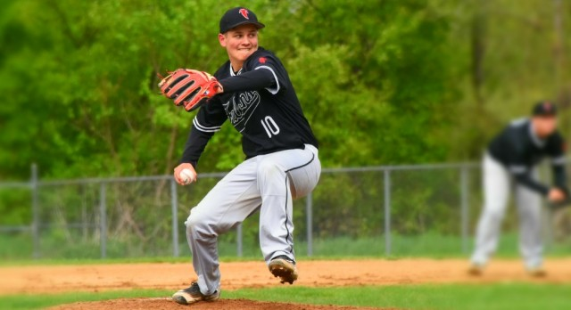 Baseball Advances to Sectional Championship with Win Over Twin Lakes
