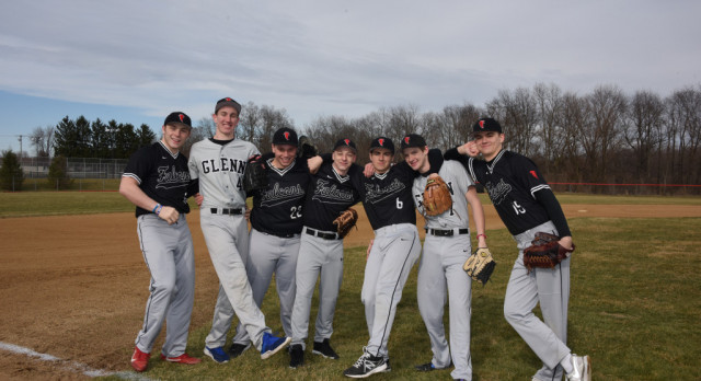 Baseball Scrimmage Starts Season Off on a Positive Note