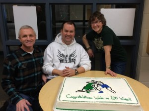 200 Wins Cake and Wade with Mark & Leslie